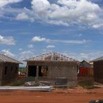 As inúmeras vantagens da estrutura metálica para telhados em relação a estrutura de madeira